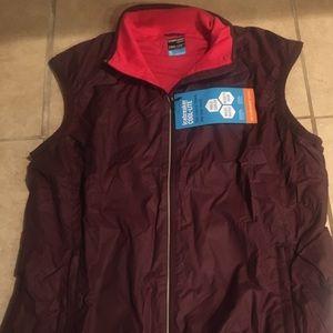 Women's XL rush icebreaker vest
